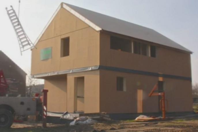 Montage d'une maison à ossature bois (MOB) à Tinlot (Liège)