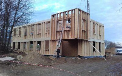 Montage de bureaux en ossature bois à Louvain-la-Neuve