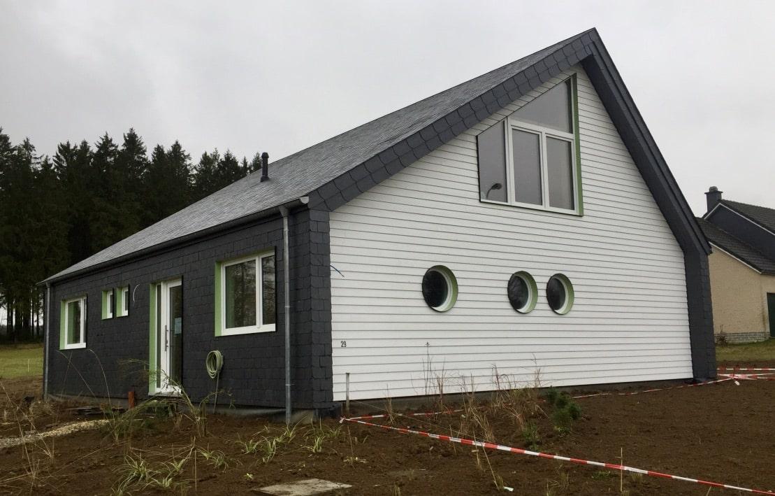 Réalisation d'une maison en poteaux – poutres à Küchelscheid